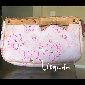 💯 Auth. Louis Vuitton Cherry Blossom Pochette 🌸